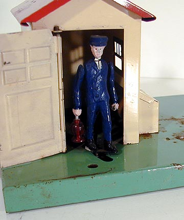 Lionel 45N Automatic Gateman With Box, Instructions & #41 Accessory Contactor - Prewar