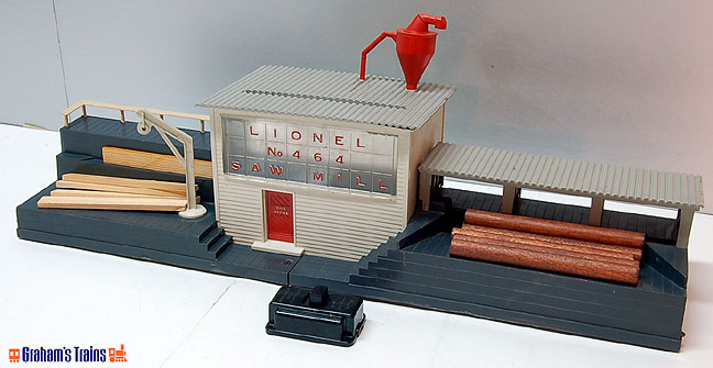 Lionel 464 Operating Sawmill - Postwar